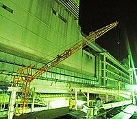 クレーン・バックホウオペレーション(ミニクローラークレーン(2.9t、4.9t、8t)、タワークレーン、大型車両系建設機械など)